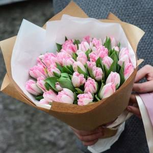 Букет 31 пионовидный розовый тюльпан R970